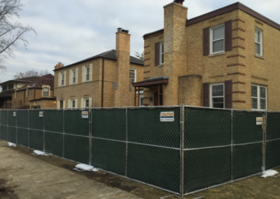temporary-construction-fence-around-residence